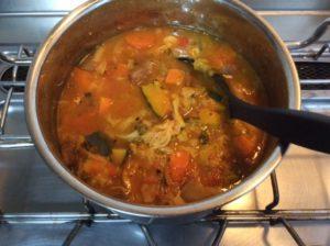 煮込んだ野菜を冷ます